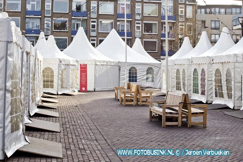 Afgelaste kerstmarkt in Dordrecht met veel toeristen.