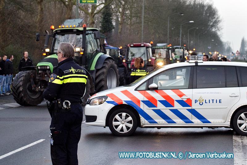 Actievoerende boeren op bezoek in Dordrecht.
