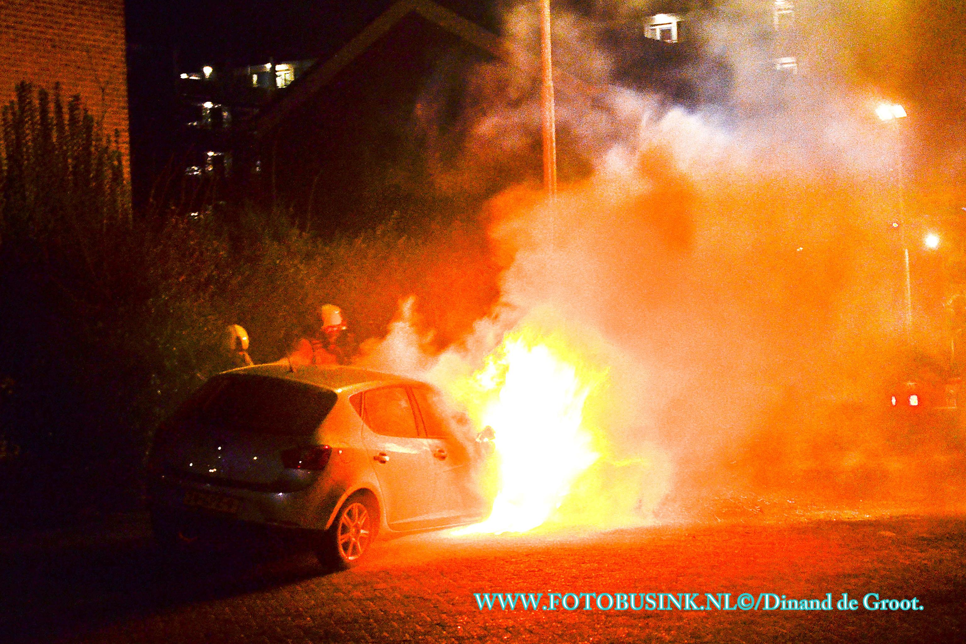 Vier auto's in Sliedrecht in brand gestoken.