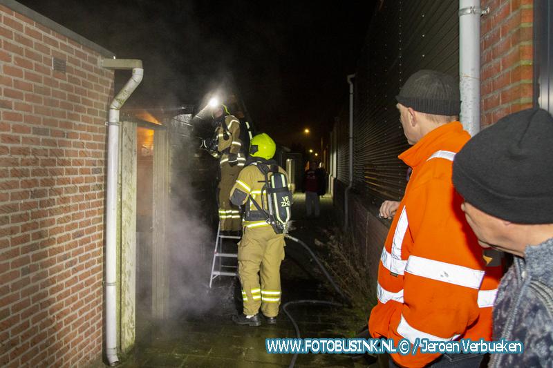 Brandstichter steekt schuur in brand Rijksstraatweg Dordrecht.