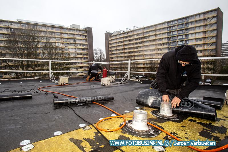 Drukke tijden voor dakdekkers in de regio.