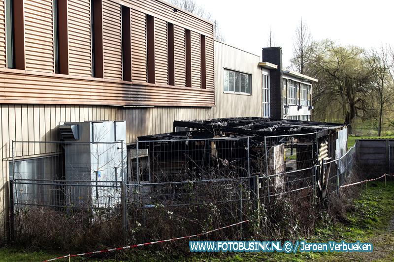 Veel brandschade na brand gisterenavond aan de M.H.Trompweg in Dordrecht.