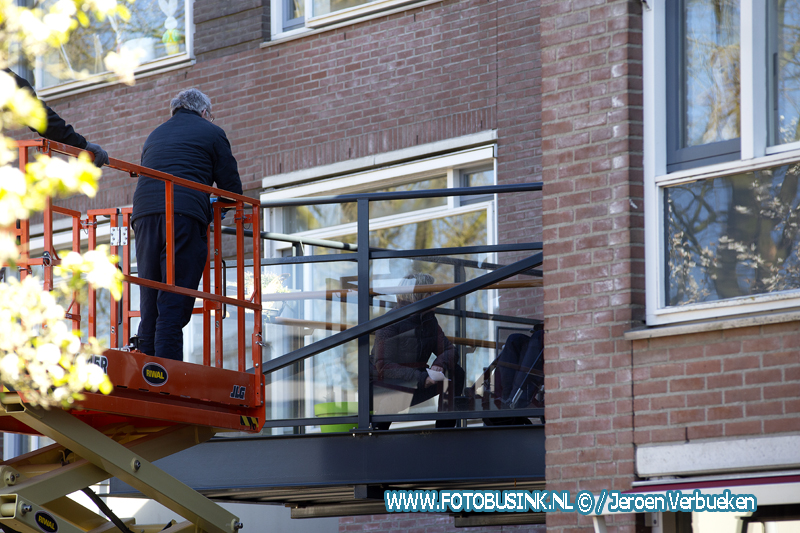 Bezoek op hoogte bij verpleeghuis Crabbehoven in Dordrecht.