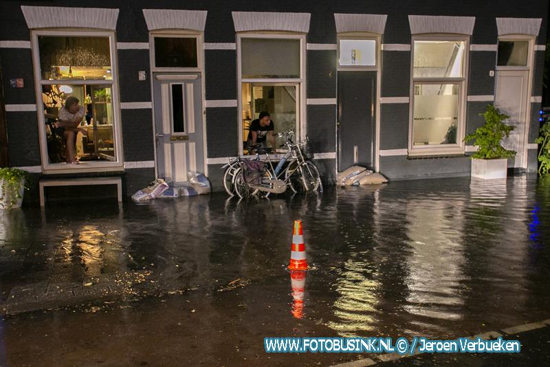 Veel wateroverlast in de Dordtse binnenstad