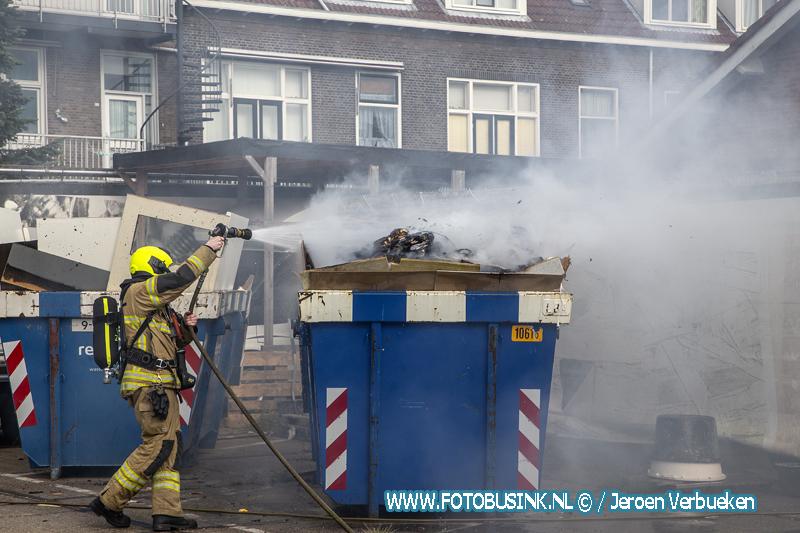 Brand in bouwcontainer aan de Roemer Visscherstraat in Dordrecht.