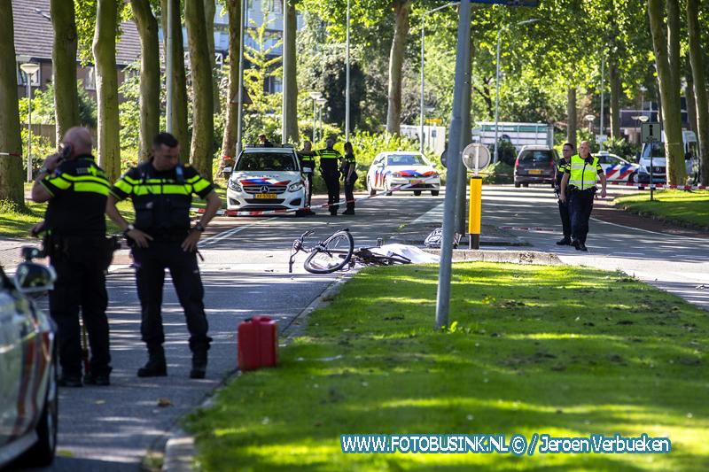 Fietsster overleden bij aanrijding op Galileïlaan in Dordrecht