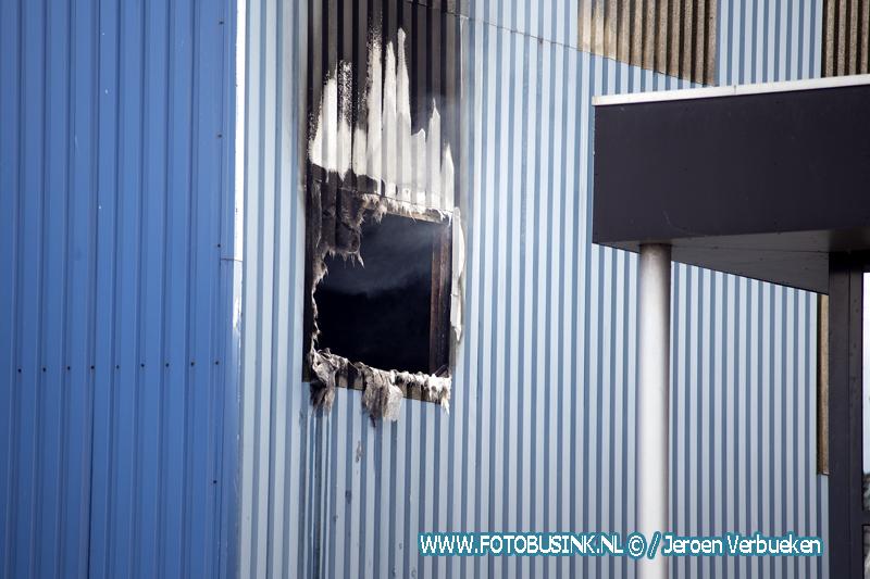 Opnieuw brand in oude loods van Mercon in Alblasserdam.