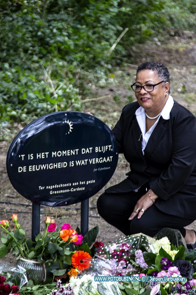 Onthulling gedenksteen gezinsdrama Heimerstein in Dordrecht