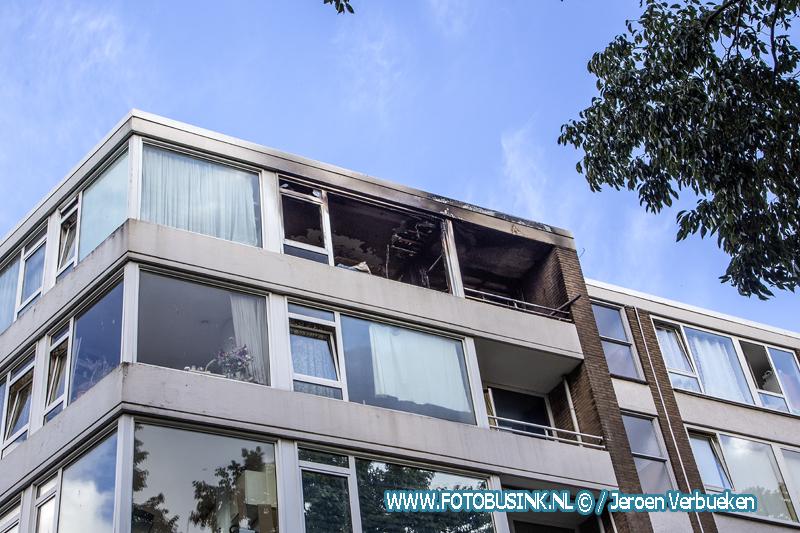 Grote brand verwoest appartement , Kapitein Luidingaflat in Zwijndrecht.
