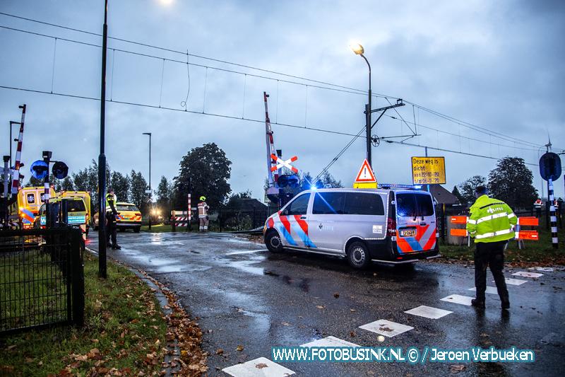Fietser in Hardinxveld-Giessendam overleden na ongeval met een personentrein.