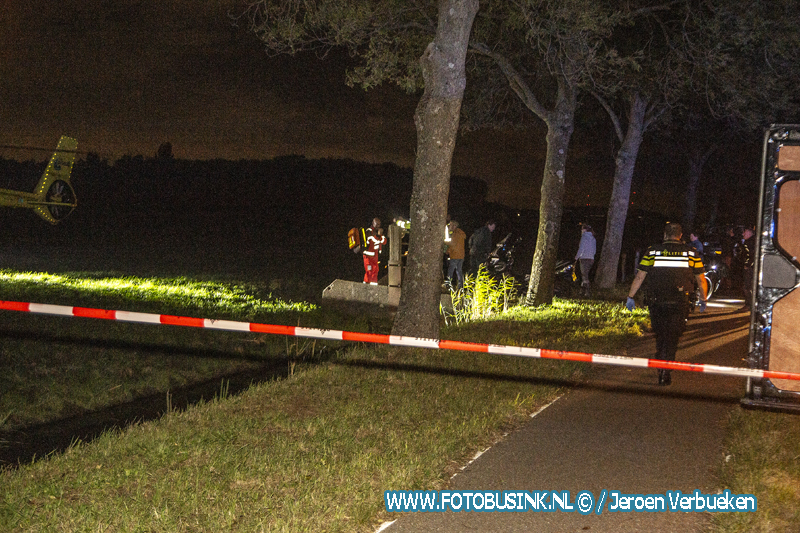 Automobiliste overleden na ernstig eenzijdig ongeval aan de Veerweg in Papendrecht.