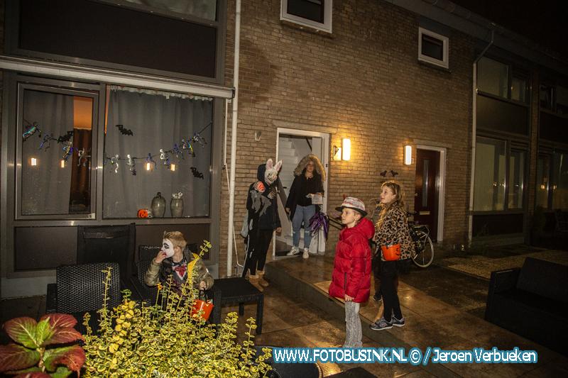 Griezelen in de Vermeerstraat in Zwijndrecht.