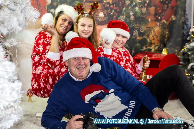 Dordtse kerstfotograaf Jur de Vos weer volop bezig met kerst reportages.