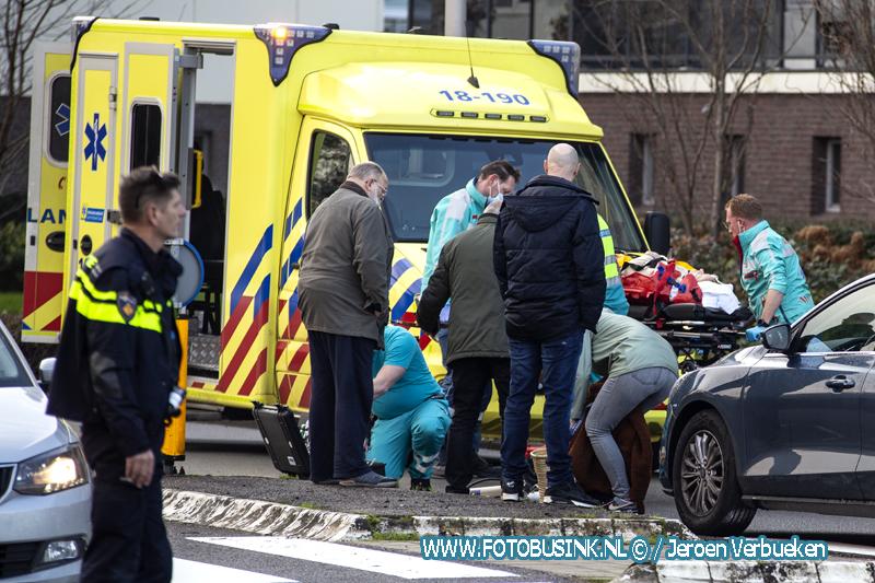 Vrouw op zebrapad aangereden aan de Swanedrift in Zwijndrecht.
