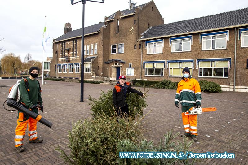 Kerstbomeninzameling in Zwijndrecht.