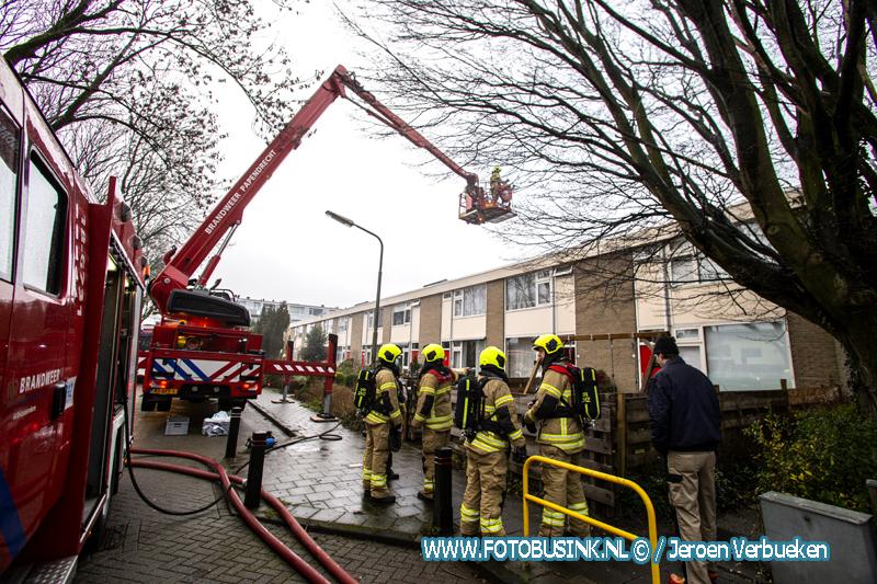 Wietplantage veroorzaakt brand in woonhuis aan de Waalsingel in Alblasserdam.