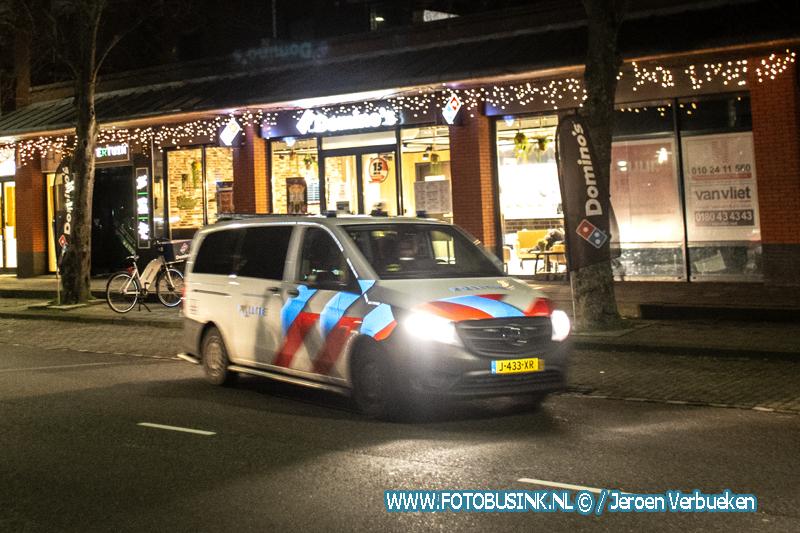 Pizzabezorgster van haar fiets getrokken in Hendrik-Ido-Ambacht.