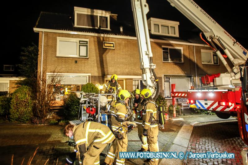 Schoorsteenbrand woning Dubbelsteynlaan-Oost in Dordrecht
