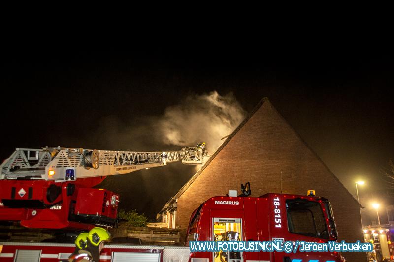 Hennepkwekerij op zolder vat vlam, bewoners aangehouden