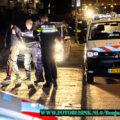 Politie lost waarschuwingsschot voor overvaller in Dordrecht .