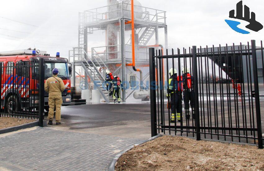 Middelbrand industrie Olivijn in Dordrecht