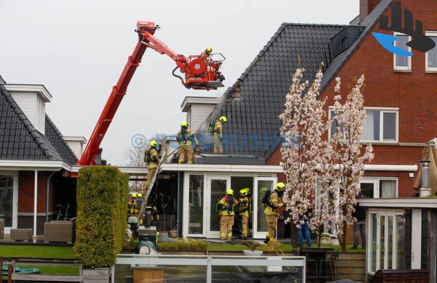 Grote brand woning Herikhof in Alblasserdam
