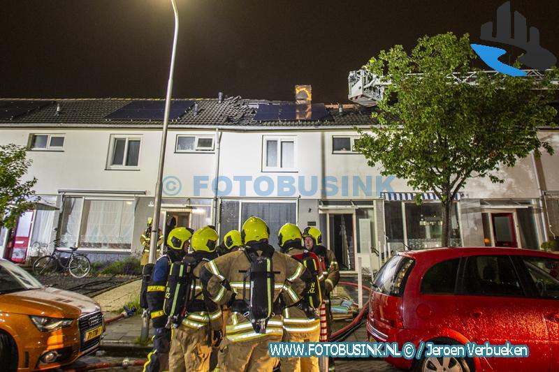 Grote brand aan de Frederik Hendrikstraat in Hendrik Ido-Ambacht.