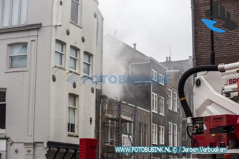 Grote brand aan de Voorstraat in Dordrecht
