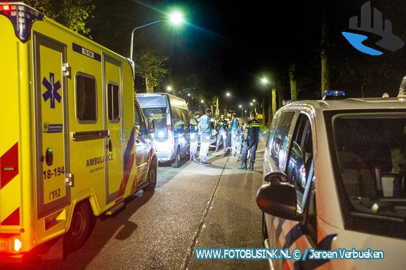 Hulpdiensten opgeroepen voor persoon te water aan de Haaswijkweg-West in Dordrecht